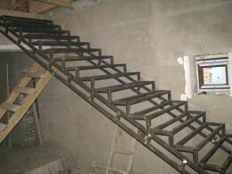 Лестницы на 2 этаж - строительство, Воронеж